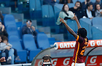 Calcio, Serie A: Roma vs Lazio. Roma, stadio Olimpico, 8 novembre 2015.<br /> Roma's Gervinho celebrates with teammates after scoring during the Italian Serie A football match between Roma and Lazio at Rome's Olympic stadium, 8 November 2015.<br /> UPDATE IMAGES PRESS/Riccardo De Luca
