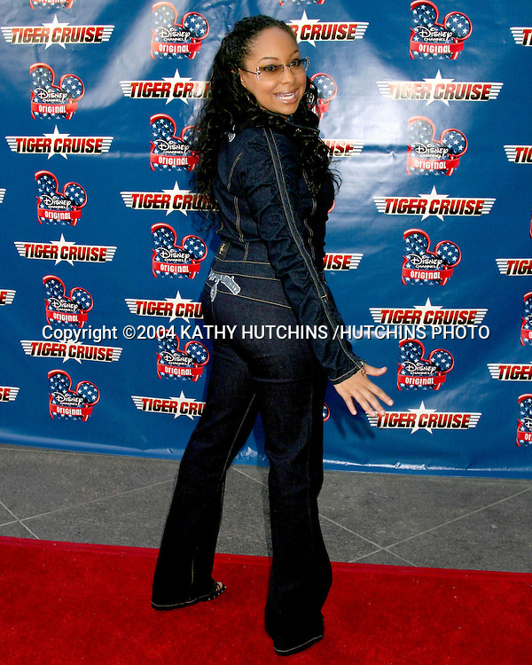 """©2004 KATHY HUTCHINS /HUTCHINS PHOTO.PREMIERE OF """"TIGER CRUISE"""".HOLLYWOOD, CA.JULY 27, 2004..RAVEN SYMONE"""