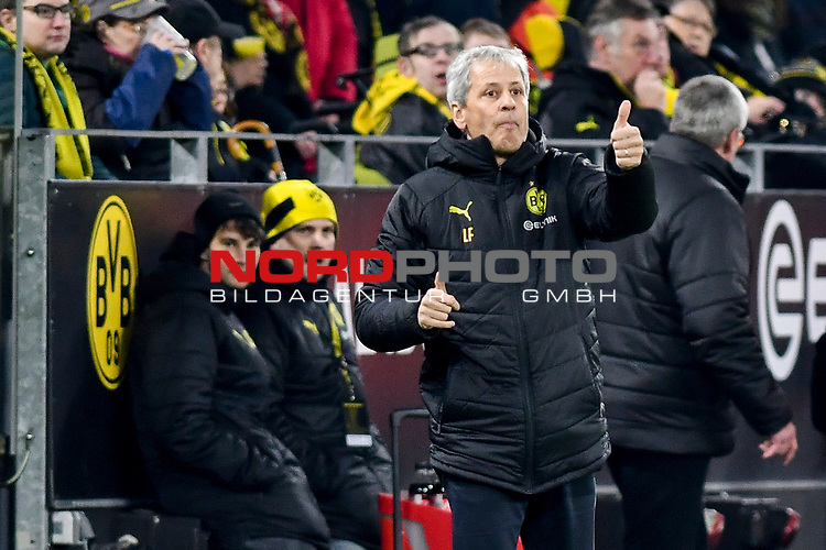 14.02.2020, Signal Iduna Park, Dortmund, GER, 1. BL, Borussia Dortmund vs Eintracht Frankfurt, DFL regulations prohibit any use of photographs as image sequences and/or quasi-video<br /> <br /> im Bild / picture shows / Lucien Favre (Borussia Dortmund) Gestik / Geste / gestikuliert / <br /> <br /> Foto © nordphoto/Mauelshagen
