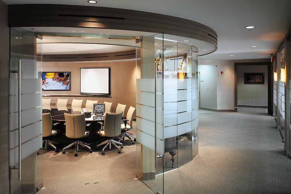 Summit LED Boardroom