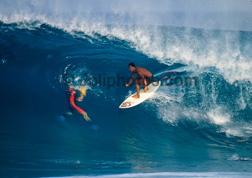 Sunny Garcia (HAW) surfing Off The Wall on Oahu's North Shore, Hawaii. circa 1992 Photo: joliphotos.com