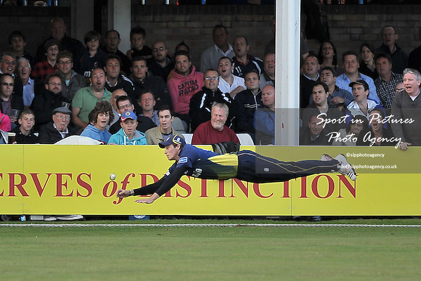 Tom Westley (Essesx Eagles) dives for a catch, but misses. Essex Eagles Vs Glamorgan Dragons.Friends Life T20. The County Ground. Chelmsford.  Essex. 08/07/2011. MANDATORY Credit Sportinpictures/Garry Bowden - NO UNAUTHORISED USE - 07837 394578