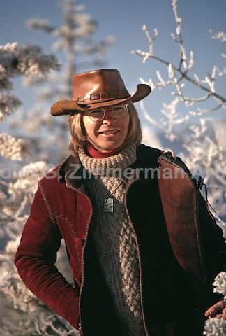 John Denver, Aspen Colorado, 1972. Photo by John G. Zimmerman.
