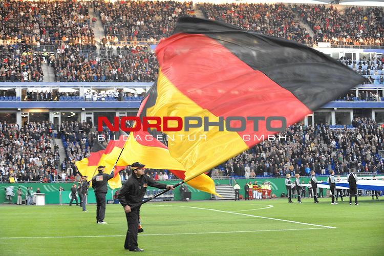 Fussball, L&auml;nderspiel, WM 2010 Qualifikation Gruppe 4  14. Spieltag<br />  Deutschland (GER) vs. Finnland ( FIN ) 1:1 ( 0:1 )<br /> <br /> Feature vor dem Spiel, Fahnenschwenker vor dem Spiel  in der Nordbank Arena<br /> <br /> Foto &copy; nph (  nordphoto  )
