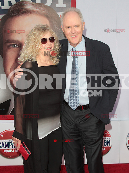 HOLLYWOOD, CA - AUGUST 02: John Lithgow at the 'The Campaign' film premiere at Grauman's Chinese Theatre on August 2, 2012 in Hollywood, California. &copy;&nbsp;mpi21/MediaPunch Inc. /NortePhoto.com<br /> <br /> **SOLO*VENTA*EN*MEXICO**<br /> **CREDITO*OBLIGATORIO** <br /> *No*Venta*A*Terceros*<br /> *No*Sale*So*third*<br /> *** No Se Permite Hacer Archivo**<br /> *No*Sale*So*third*