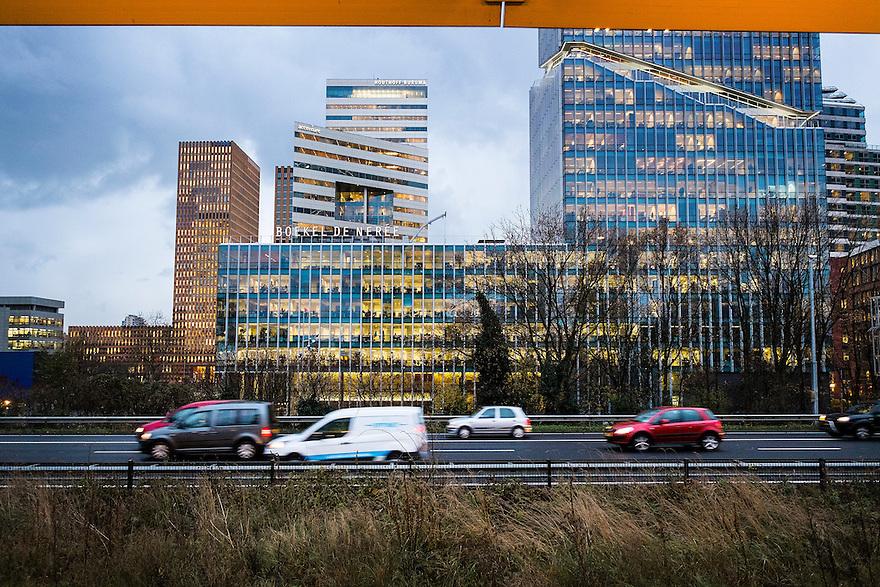 Nederland, Amsterdam, 8 dec 2014<br /> Ringweg A 10 met de kantoren van de Zuidas.  <br /> Foto: (c) Michiel Wijnbergh