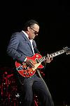 Israel, Joe Bonamassa rocks Heichal Hatarbut in Tel Aviv, the first concert of his Fall European Tour 2015