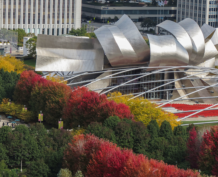 Fall foliage surrounds the Jay Pritzker Pavilion in downtown Chicago at Millennium Park. (DePaul University/Jamie Moncrief)