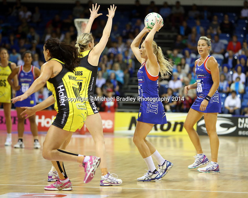 10.03.2014 Mystics Laura Langman in action during the ANZ Champs match between the Northern Mystics and Hairer Pulse played at the Trusts Arena in Auckland. ©Michael Bradley.