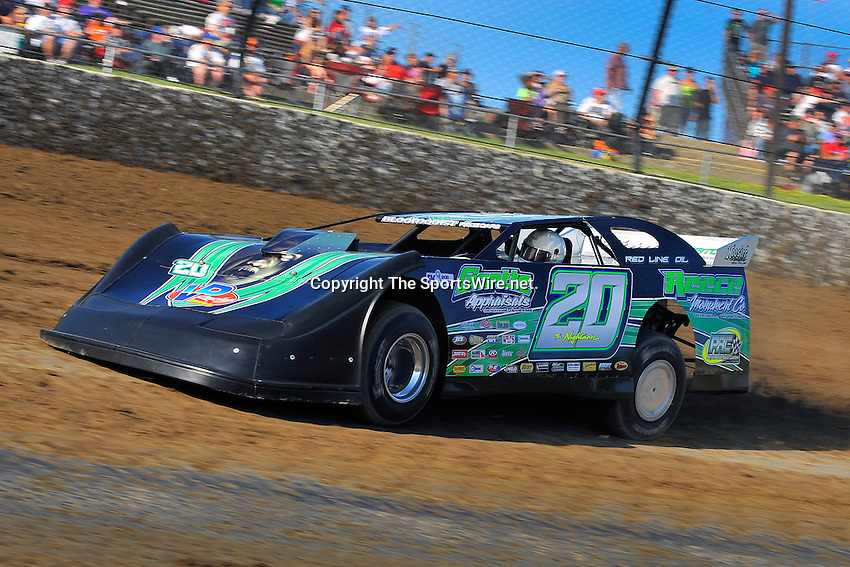 Jun 5, 2009; 6:50:25 PM; Rossburg, OH., USA; The running of the Dream XV  Dirt Late Models at the Eldora Speedway.  Mandatory Credit: (thesportswire.net)