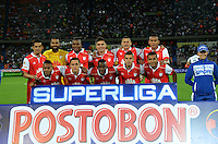 MEDELLIN -COLOMBIA-24-ENERO-2015. Formacion  del Independiente Santa Fe contra el Atletico Nacional durante partido de ida de La Superliga Postobon 2015 jugado en el estadio Atanasio Girardot de la ciudad de Mdellin./ Team of  Independiente Santa Fe against Atletico Nacional  leg of the Superliga Postobon 2015 played in the Atanasio Girardot stadium in Medellin City. Photo:VizzorImage / Luis R'os / STR