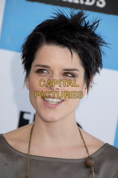 NEVE CAMPBELL .The 2007 Independent Spirit Awards held at the Santa Monica Pier, Santa Monica, California, USA..February 24th, 2007.headshot portrait  .CAP/ADM/GB.©Gary Boas/AdMedia/Capital Pictures