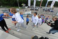 SCHAATSEN: HEERENVEEN: 10-05-2016, IJSTADION THIALF, PRESENTATIE TEAM VICTORIE, ©foto Martin de Jong