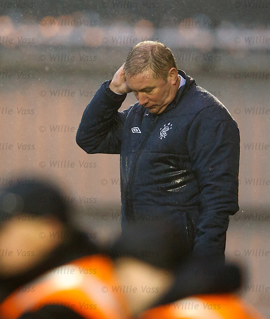 Ally McCoist down in the dumps as St Mirren defeat 9-man Rangers