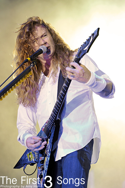 Dave Mustaine of Megadeth performs at the Time Warner Amphitheater at Tower City in Cleveland, Ohio as part of the American Carnage Tour Wednesday on August 18, 2010.