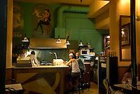 Spanien, Barcelona, Bar an der Placa Reial