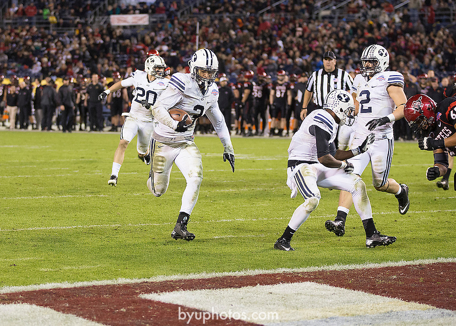 Kyle Van Noy Poinsettia Bowl.BYU vs San Diego State..BYU-23.SDSu-6..December 20, 2012..Photography by Mark A. Philbrick..Copyright BYU Photo 2012.All Rights Reserved.photo@byu.edu   (801)422-7322
