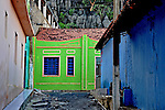 Casas coloridas na cidade de Bom Jesus da Lapa. Bahia. 2010. Foto de Alberto Viana.