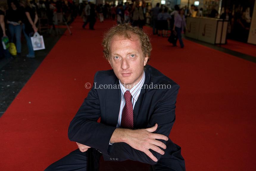 ANTONIO SELLERIO EDITOR SICILIANO PALERMO  © Leonardo Cendamo
