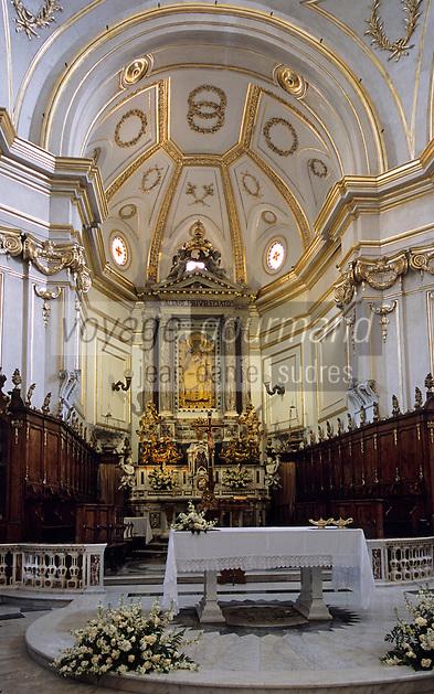 Europe/Italie/Côte Amalfitaine/Campagnie/Positano : Eglise S. Maria Assunta - Le maître autel et sa toile d'influence byzantine XIII°siècle
