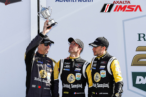 #5 Mustang Sampling Racing / JDC-Miller MotorSports Cadillac DPi, DPi: Sebastien Bourdais, Loic Duval, Joao Barbosa, podium