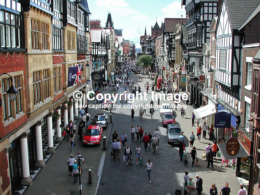 Town centre, Chester, England, UK, 200108173001..Copyright Image from Victor Patterson, 54 Dorchester Park, Belfast, UK, BT9 6RJ..Tel: +44 28 9066 1296.Mob: +44 7802 353836.Voicemail +44 20 8816 7153.Skype: victorpattersonbelfast.Email: victorpatterson@mac.com.Email: victorpatterson@ireland.com (back-up)..IMPORTANT: If you wish to use this image or any other of my images please go to www.victorpatterson.com and click on the Terms & Conditions. Then contact me by email or phone with the reference number(s) of the image(s) concerned.
