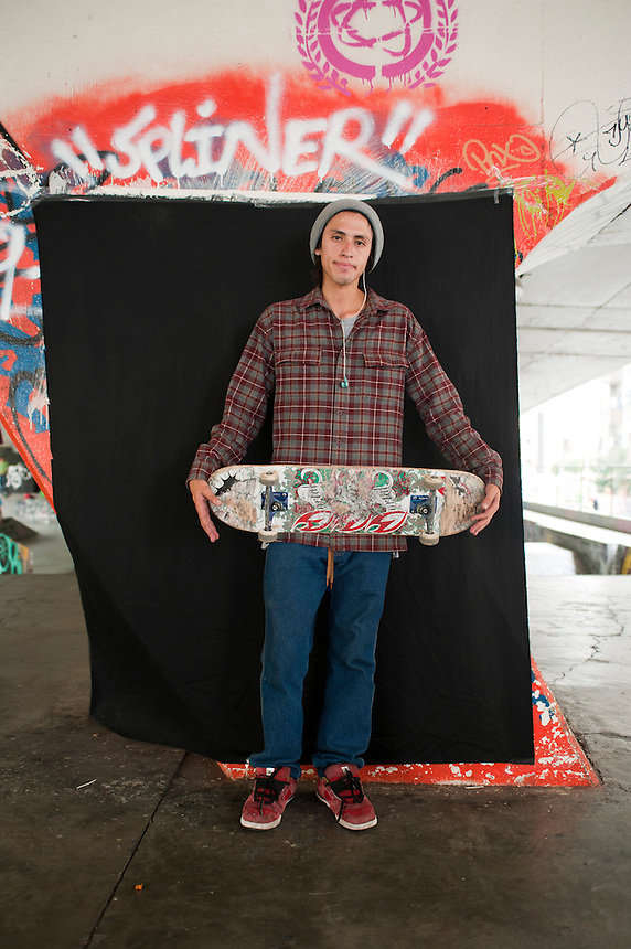 Jaen Nanjarrez (mayor de edad). Portraits of Adolescents San Cosme skate park, in Mexico City. Release #14