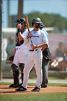 Joel Ibarra during the WWBA World Championship at the Roger Dean Complex on October 20, 2018 in Jupiter, Florida.  Joel Ibarra is a shortstop from Chula Vista, California who attends Cathedral Catholic High School.  (Mike Janes/Four Seam Images)