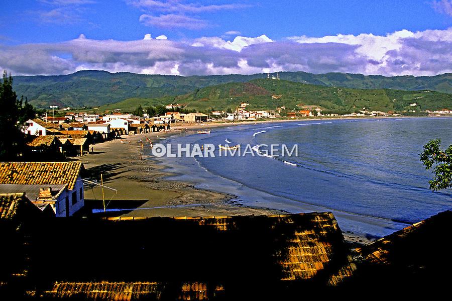 Praia de Garopaba. Santa Catarina. 1990. Foto de Juca Martins.
