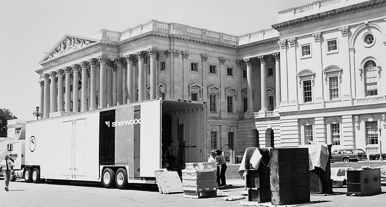 Rep. Jim Wright, D-Texas, moving van on eastern steps of Capitol. (Photo by Maureen Keating/CQ Roll Call)
