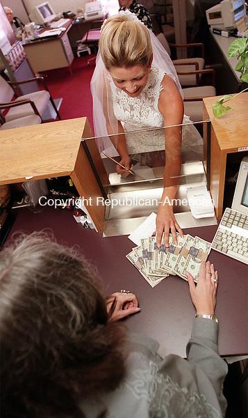 WATERBURY,CT-9/8/98-0908CK02.tif-Wedding illustration for Accent model is Christina Casavina.CASEY KEIL PHOTO.