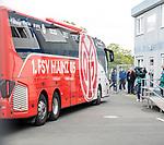 05.10.2019, Benteler Arena, Paderborn, GER, 1.FBL, SC Paderborn 07 vs 1. FSV Mainz 05<br /> <br /> DFL REGULATIONS PROHIBIT ANY USE OF PHOTOGRAPHS AS IMAGE SEQUENCES AND/OR QUASI-VIDEO.<br /> <br /> im Bild / picture shows<br /> Ankunft Mannschaftsbus 1. FSV Mainz 05, <br /> <br /> Foto © nordphoto / Ewert