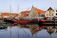 Schepen in het Galgewater in Leiden