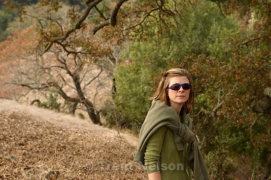 Laura Nelson on hike, tree; 11.24.2005<br />