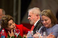 BRASÍLIA, DF, 05.07.2017 - PT - DIRETORIO -     O ex-presidente Lula, a ex presidente Dilma Rousseff e a presidente do PT, Gleisi Hoffmann, durante a posse do Diretório Nacional do PT, no Centro de Convenções Brasil 21, em Brasília, nesta quarta, 05. (Foto: Ed Ferreira/Brazil Photo Press).