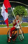 Chantal Benoit Porte drapeau du Canada, Cérémonie d' ouverture des jeux Paralympique à Athènes<br />(Benoit Pelosse photographe,17 sept 2004)
