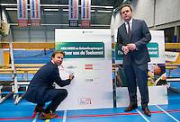 December 18, 2014, Rotterdam, Topsport Centrum, Lotto NK Tennis, ABNAMRO en KNLTB overeenkomst Ernst Broekhorst en Erik Poel (L) KNLTB<br /> Photo: Tennisimages/Henk Koster