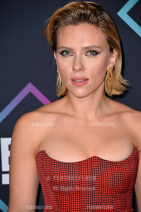 LOS ANGELES, CA. November 11, 2018: Scarlett Johansson at the E! People's Choice Awards 2018 at Barker Hangar, Santa Monica Airport.<br /> Picture: Paul Smith/Featureflash
