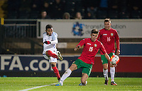 Jay Dasilva (Chelsea) of England U19 goes close to scoring during the International friendly match between England U19 and Bulgaria U19 at Adams Park, High Wycombe, England on 10 October 2016. Photo by Andy Rowland.