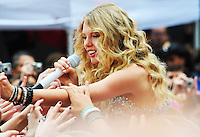 Taylor Swift performs at the Today Show Summer Concert Series, Rockefeller Center - 05.30.09