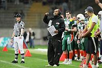 Head Coach Patrick Esume (Kiel) gibt Anweisungen