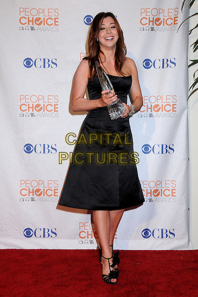 ALYSON HANNIGAN.Pressroom at the 36th Annual People's Choice Awards held at the Nokia Theatre LA Live, Los Angeles, California, USA..January 6th, 2009.press room award trophy black dress full length.CAP/ADM/BP.©Byron Purvis/AdMedia/Capital Pictures.