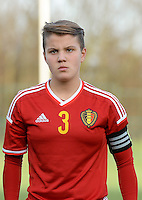 20151128 - Tubize , Belgium : Belgian Karlijn Knapen pictured during the female soccer match between Women under 16 teams of  Belgium and Germany , in Tubize . Saturday 28th November 2015 . PHOTO DIRK VUYLSTEKE