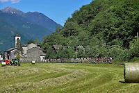 Picture by Pier Maulini/SWpix.com 27/05/2015 Cycling - Giro d'Italia - 27/05/2015 - Stage Seventeen - Tirano - Lugano ( Switzerland )<br /> copyright picture - Simon Wilkinson - simon@swpix.com<br /> Transit on Morbegno country side