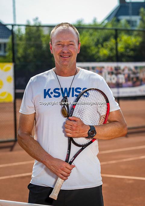 Amstelveen, Netherlands, 10 August 2020, NTC, National Tennis Center,  KNLTB coach Bas Coulier (NED)  <br /> Photo: Henk Koster/tennisimages.com
