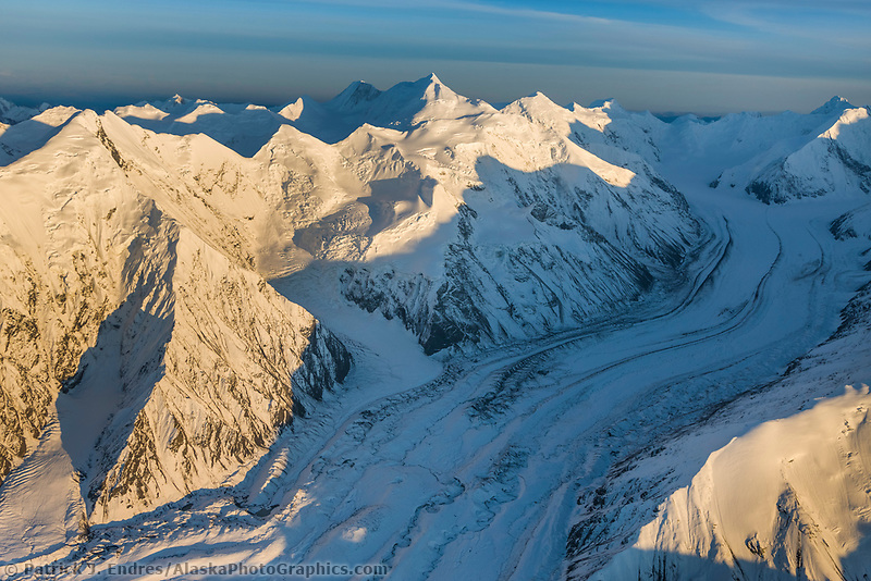 Mount Brooks (left) and mount silverthorne (center) traleika glacier, Alaska Range, Denali National Park, Interior, Alaska.