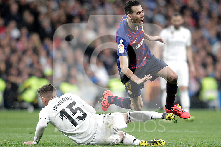 Real Madrid CF's Fede Valverde and FC Barcelona's Sergio Busquets during La Liga match. March 02,2019. (ALTERPHOTOS/Alconada)