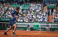 Paris, France, 31 May, 2017, Tennis, French Open, Roland Garros, overall view during the match Haase (NED in the foreground and Nadal (ESP)<br /> Photo: Henk Koster/tennisimages.com