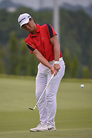 Andy ZHANG (CHN) chips on to 11 during Rd 4 of the Asia-Pacific Amateur Championship, Sentosa Golf Club, Singapore. 10/7/2018.<br /> Picture: Golffile | Ken Murray<br /> <br /> <br /> All photo usage must carry mandatory copyright credit (© Golffile | Ken Murray)