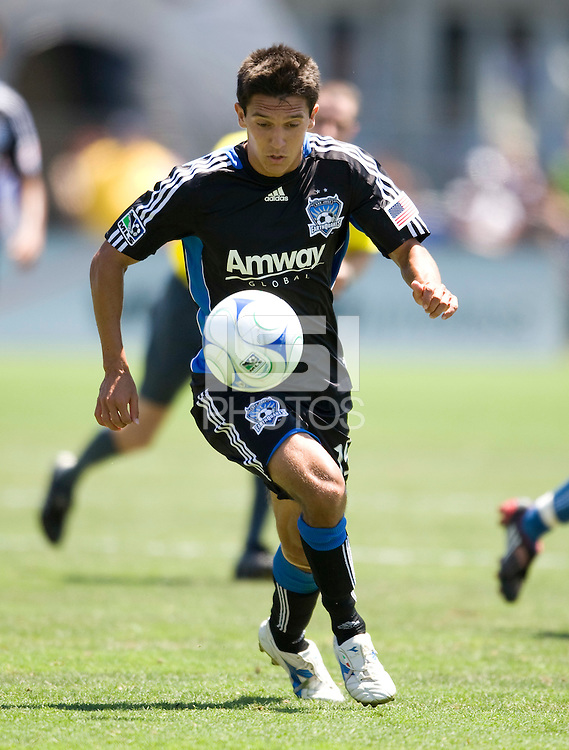 02 August 2009:  Shea Salinas of the Earthquakes dribbles the ball during the game against Sounders FC at Buck Shaw Stadium in Santa Clara, California.   Earthquakes defeated Sounders FC, 4-0.